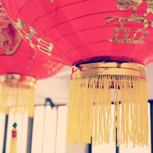 1.2-lanternes-chinoises-rouges-red-chinese-lanterns