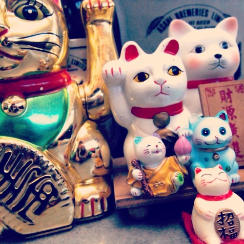 2.3-Lucky-cats-chats-bonheur-maneki-neko
