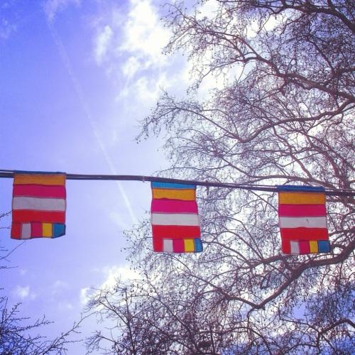 guirlandes-drapeaux-nouvel-an-khmer-2013