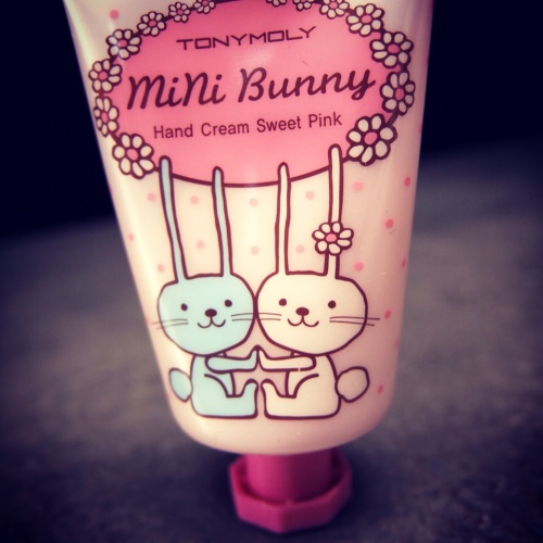 5.Mini-Bunny-Hand-Cream-Sweet-Pink-Tony-Moly