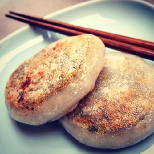 Galette-ciboule-surgele-grille-Banh-Nham-He-supermarché-asiatique