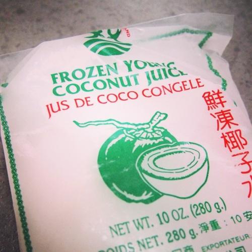 Jus-de-coco-surgele-supermarche-asiatique