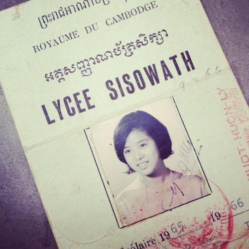maman-lycee-sisowath-cambodge
