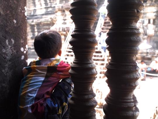 enfant-cambodgien-angkor