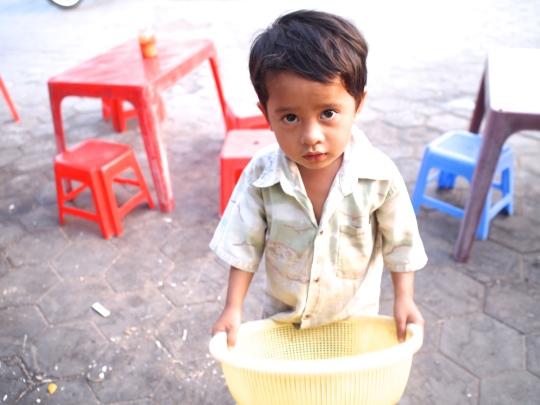 cambodge-enfant-rue